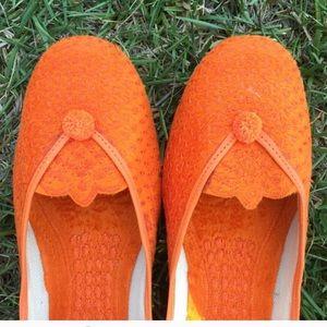 Shoes - Bright orange Indian shoes