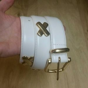 NWOT LEATHER X BELT