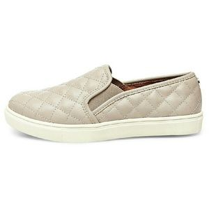 52 Off Mossimo Supply Co Shoes Women S Rae Quilted