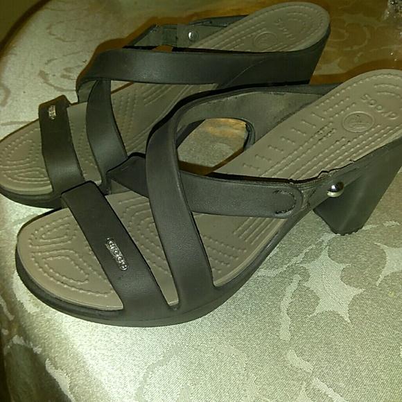 37e222000432 CROCS Shoes - Womens Crocs Cyprus IV heel