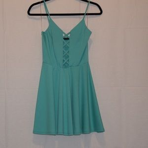 Foreign Exchange Dresses & Skirts - 👗✨Mint Green Dress 👗