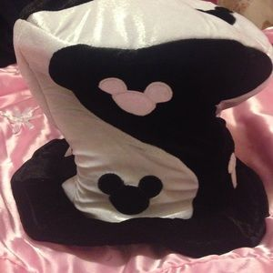 Disney Yin and Yang Top Hat