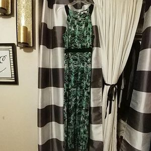 Kenar Dresses & Skirts - Kenar maxi dress