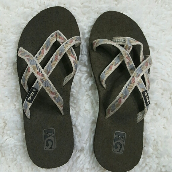 79020f5f46b0a Teva Shoes - Teva Brown Sandals Flip Flops Mush 6