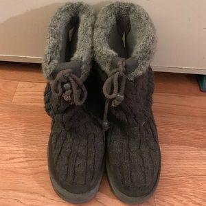Skechers gray boots