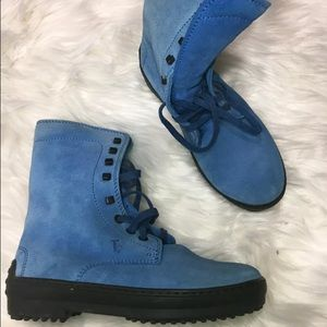 Tod's Shoes - Tods Blue Suede Ankle Lace Up Boots