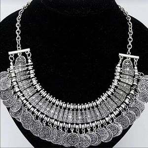 NWT Silver Vintage Necklace Boho Gypsy Sisters