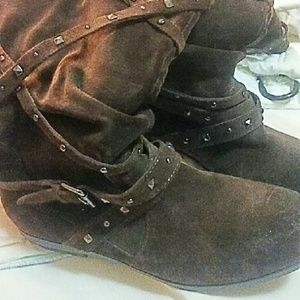 Shoes - Ladies suede boots size 8. Chocolate Brown