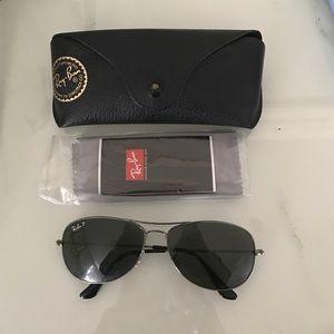 Ray-Ban Accessories - Ray Ban Polarized aviator sunglasses