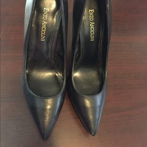 Enzo Angiolini pumps with platform