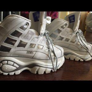 Buffalo Shoes - Buffalo PLATFORM SNEAKERS White & Silver