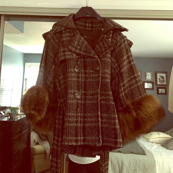 Bcbg Sweater With Faux Fur Cuffs: Tweed 34 Sleeve Raccoon Fur Cuffs