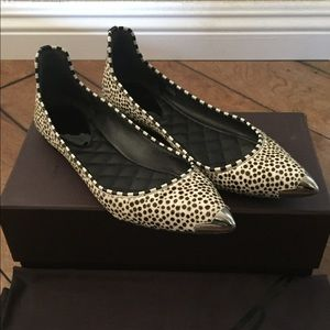 B by Brian Atwood Violette Flats