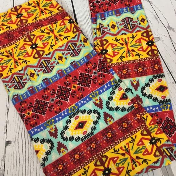 106bb13dd799f9 LuLaRoe Pants | Tc Llr Aztec Print Leggings Tall Curvy | Poshmark