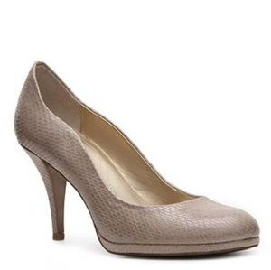 Tahari Shoes - Tahari Colette Heels