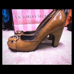 apepazza Shoes - Gorgeous shoes from Nordstrom! Tan with buckle