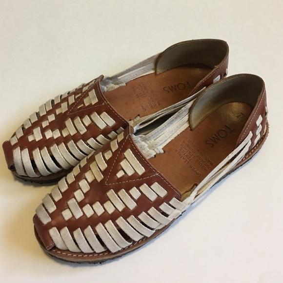 f382a9112ec TOMS Leather Canvas Huarache Flat Sandal. M 587d1fc3f092821462023160