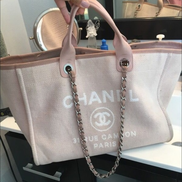 d972a7000 CHANEL Bags | Deauville Large | Poshmark