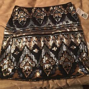 Forever 21 black gold and silver mini skirt