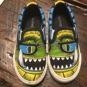 Bucket Feet Other - Toddler size 7 monster slip one
