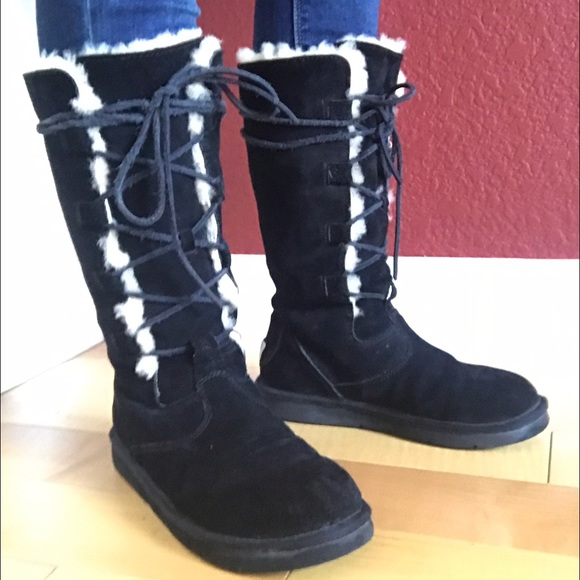 0165d036ab0 Black Lace-up UGG boots - thick sheepskin lining!