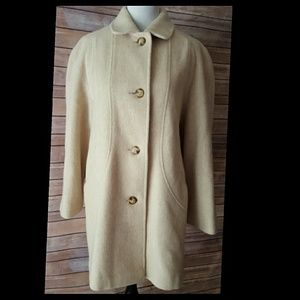 Leslie Fay Jackets & Blazers - Vintage Coat Ivory/Tan Color by Leslie Fay size 12