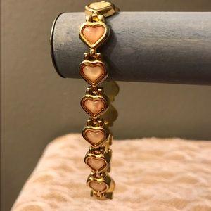 Jewelry - ♨️ New Listing ♨️ Peach Heart Cabochon Bracelet