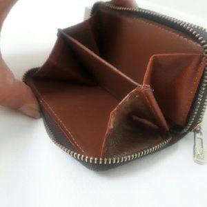 5bc2e5bcb65d Louis Vuitton Bags - Monogram Key holder 6 ring double zipper (NA)