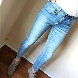HOT SALE!! New 100% authentic Burberry jeans