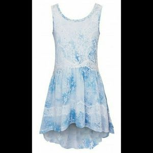 Hannah Banana Other - Hannah Banana NWT Boutique Blue & White Dress