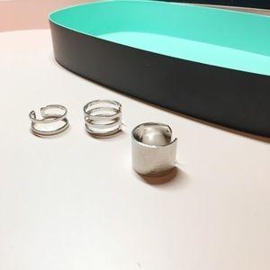 3 open rings