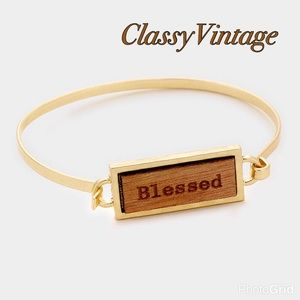 "boutique Jewelry - ""Blessed"" wood & gold bracelet"