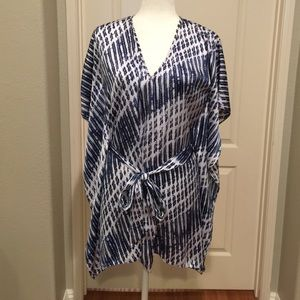 Michael Kors silky polyester shirt size SM