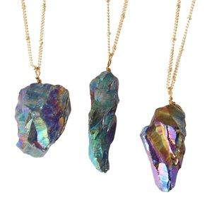 Natural Stone Iridescent Pendant Necklace