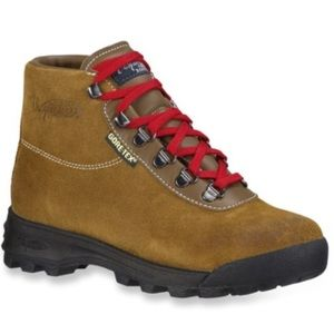 Vasque Shoes - Italian Vasque Sundowner Hiking Boots