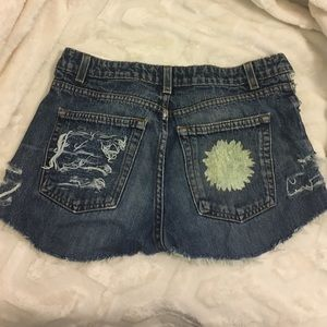 Distressed Sunflower Printed Jean Shorts