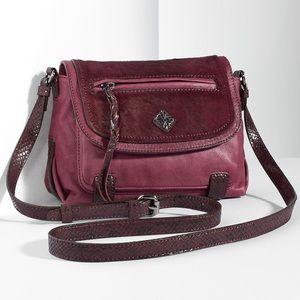 Simply Vera Vera Wang Handbags - LAST‼️ VERA WANG WINE LEATHER CROSSBODY BAG
