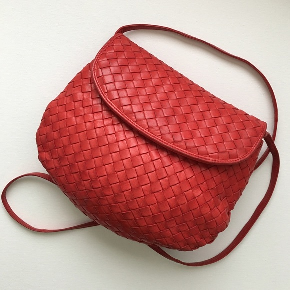 da9ee8675e97 Bottega Veneta Handbags - Bottega Veneta Intrecciato Red Leather Crossbody