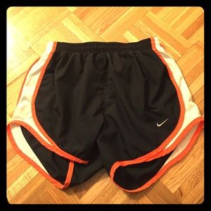 Nike fit dry running shorts size S