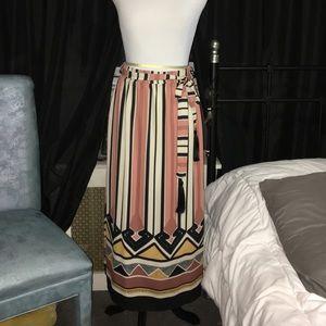 H&M Dresses & Skirts - Maxi tribal print