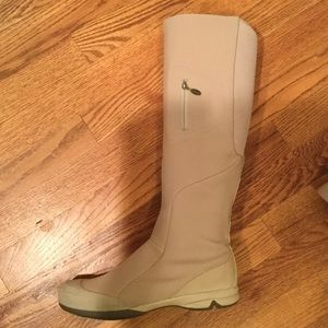 Salomon Shoes - Salomon waterproof boots