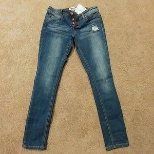 SALE TODAY Dollhouse Skinny Capri Jeans