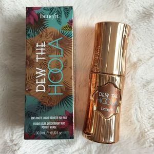 Benefit Other - Benefit Dew The HOOLA Soft Matte Liquid Bronzer