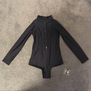 acacia swimwear Other - Kovey black surf suit