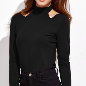 🌹Sexy Black Cut Out Top🌹