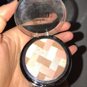 Maybelline highlighter *master highlight*