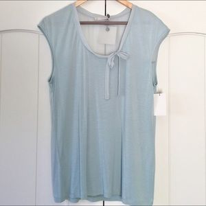 Hinge Tops - NWT Hinge scoop neck top