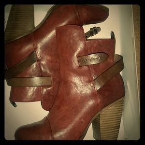 Rag & Bone kimsey Burgundy leather bootie New