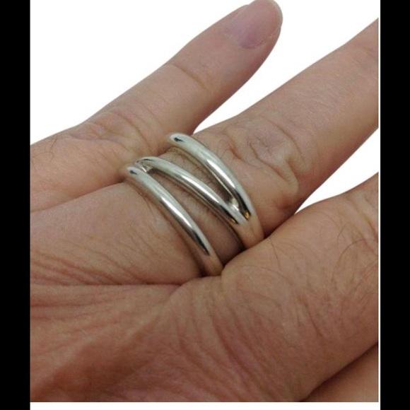 ea9256e14 Tiffany & Co. Triple wave designer ring band. M_58850fce99086a50480157e9