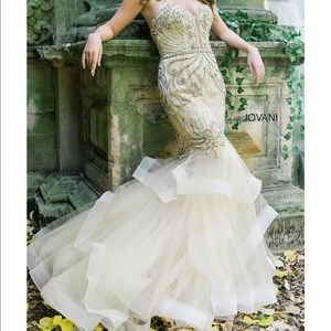 Jovani Dresses & Skirts - Mermaid gown